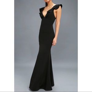 Lulus • Perfect Opportunity Maxi Dress Black